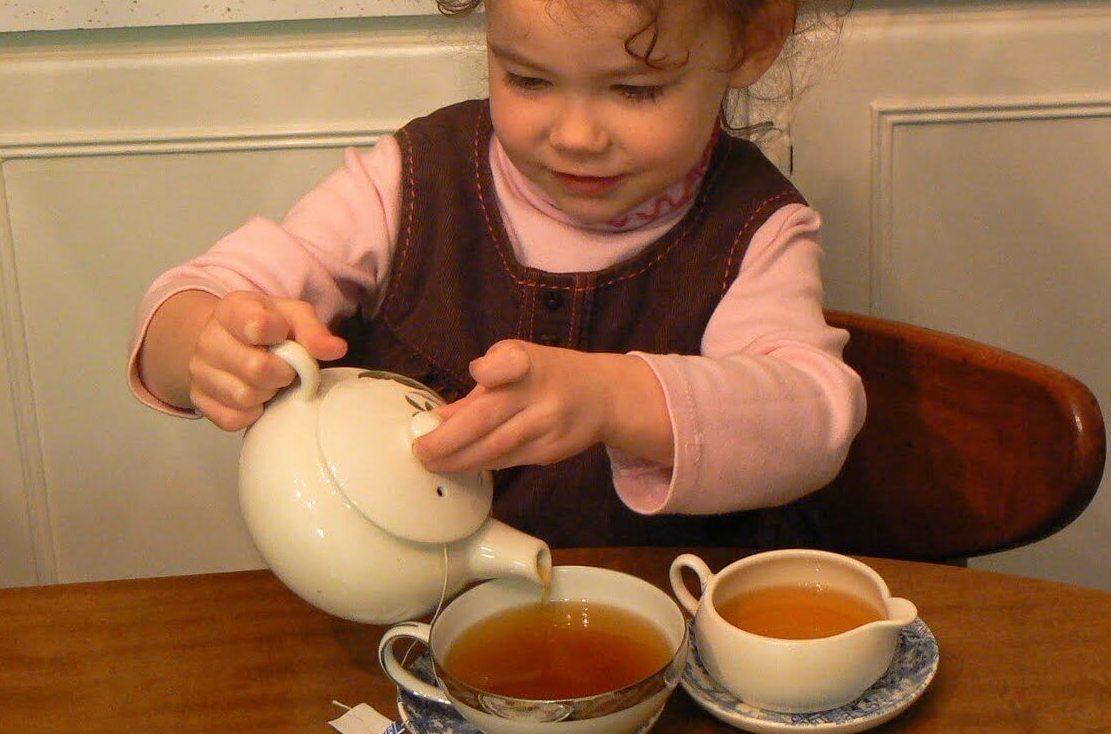 Аллергический кашель у ребенка многие лечат народными средствами