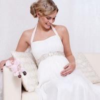 Как фотографировать беременную на свадьбе