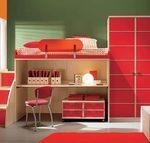 двухъярусная кровать со столом