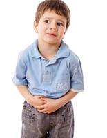 При подозрении на глистов нужно сдать развернутые анализы и показать ребенка врачу