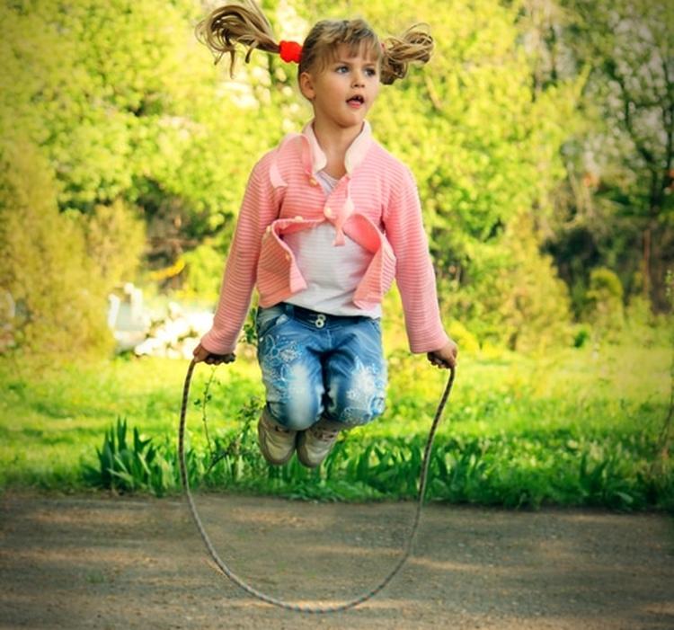 как научить ребенка прыгать на скакалке с чего начать