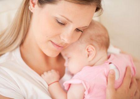 можно при температуре кормить ребенка грудью