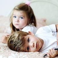 Королевские близнецы могут быть копиями друг друга, а могут быть просто похожи как брат и сестра