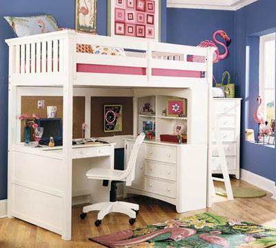 Белая мебель для школьника: удобный уголок!