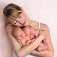 первые признаки беременности двойней на ранних сроках