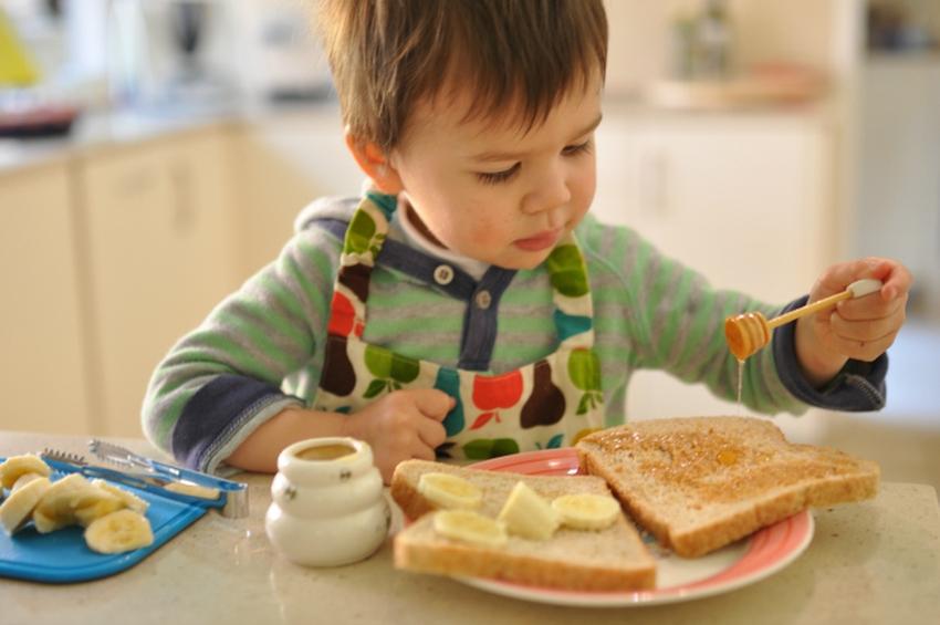 с какого возраста можно давать ребенку мед и как избежать аллергии