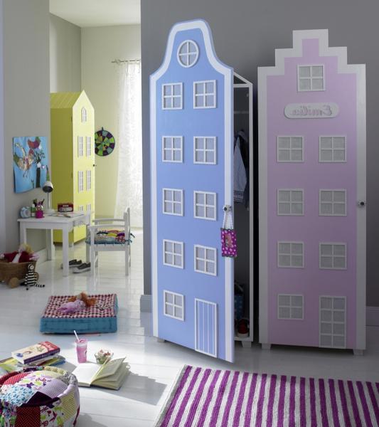 Оттенки мебели должны гармонировать с общей цветовой гаммой комнаты