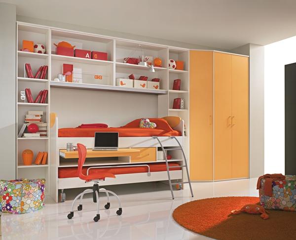 Единый мебельный комплекс со шкафом всегда смотрится стильно