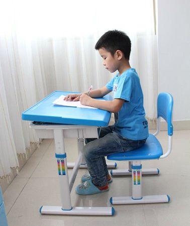стол для первоклассника