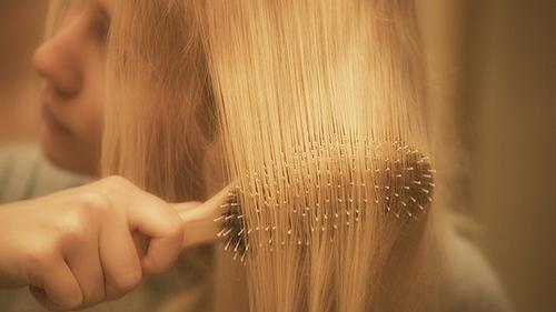 кормлю грудью выпадают волосы