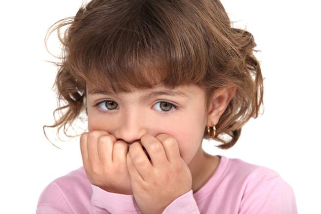 у ребенка слазят ногти на руках фото