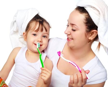 почему у ребенка воняет изо рта